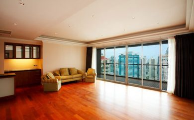 The-Lakes-Bangkok-2-bedroom-condo-for-sale